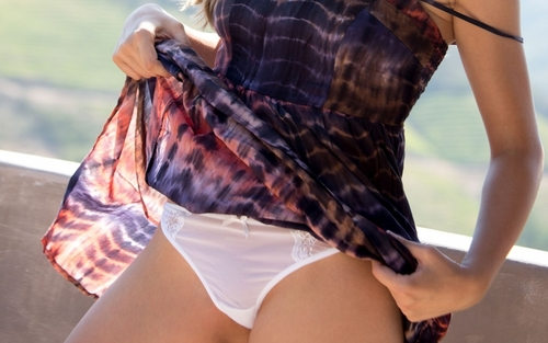 up-skirt-pantie-3.jpg
